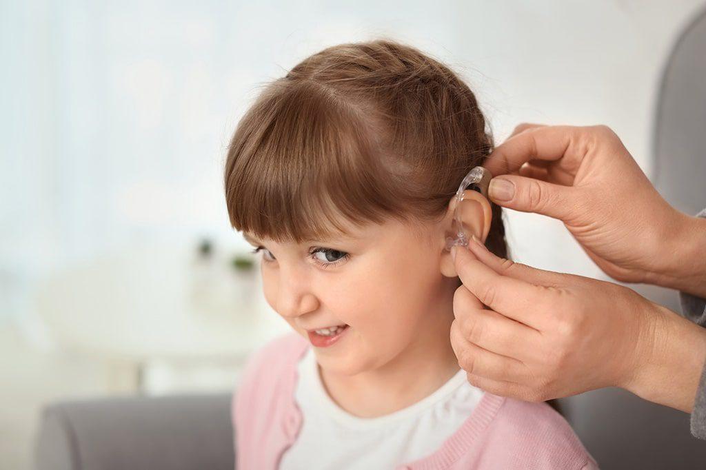 uszkodzenie słuchu